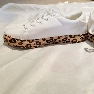 New White Sneakers with Leopard print bottom sz 6